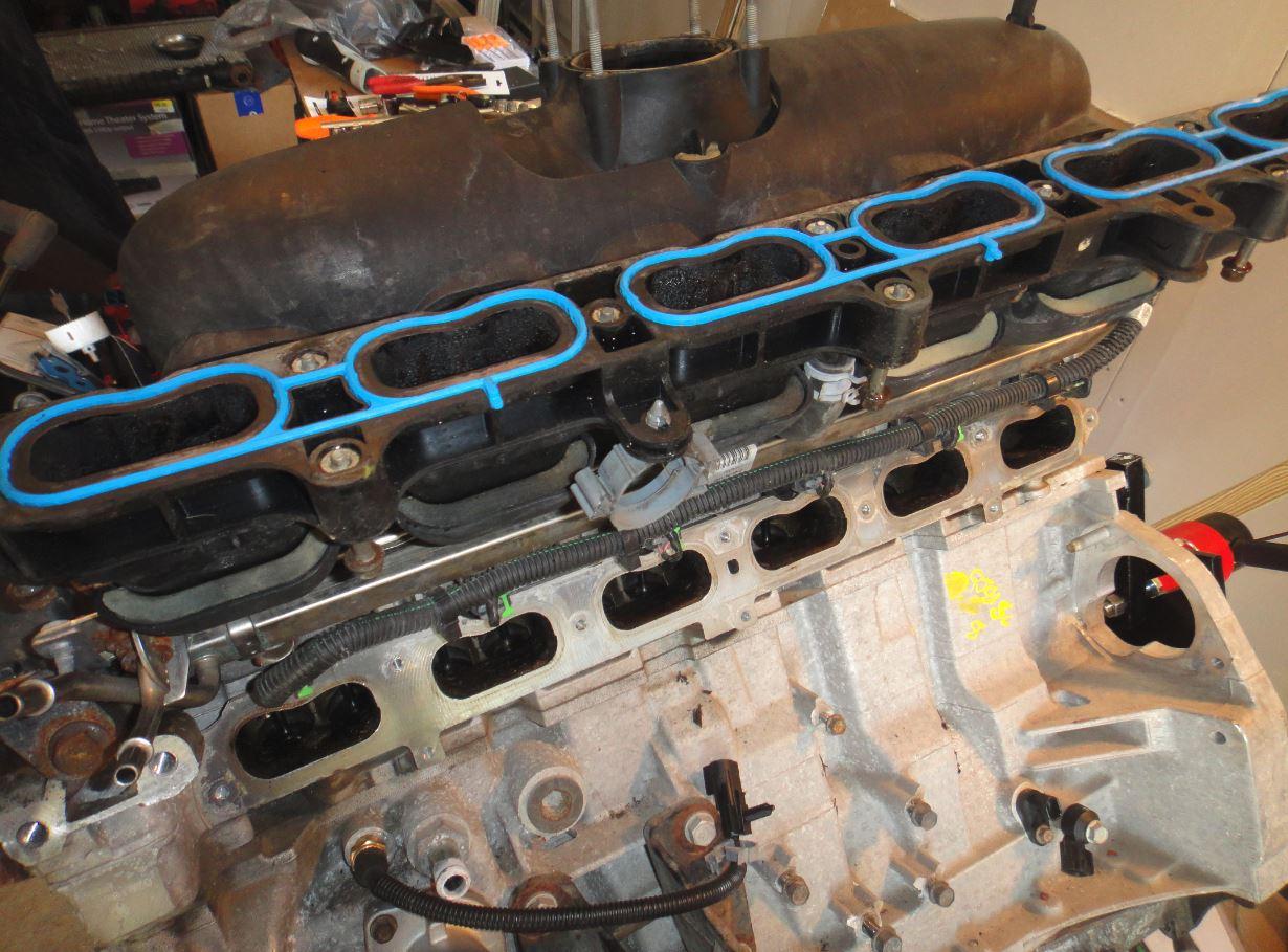 Replacing Valve Cover Gasket Chevy Trailblazer Trailblazer Ss And Gmc Envoy Forum